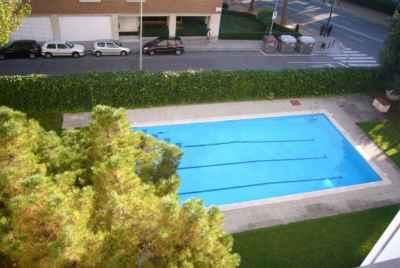 Просторная квартира в Барселоне, в элитном спальном районе